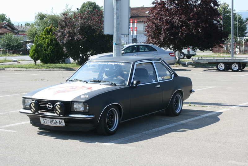 opel ascona b - Page 4 Picture_008