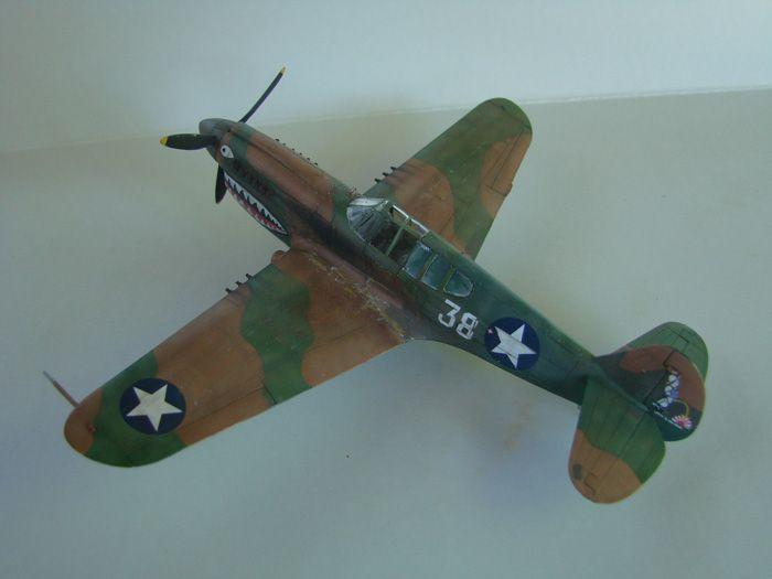 P-40E, Hobby Boss, 1/72 DSC03369