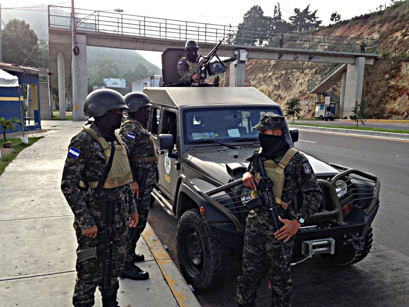 Fotos y videos de las FFAA de Honduras y equipos de los Bomberos Image