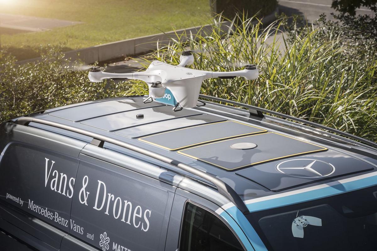 MERCEDES TESTA ENTREGAS COM DRONES Mercedes-_Vans-_Drone-_Delivery-9