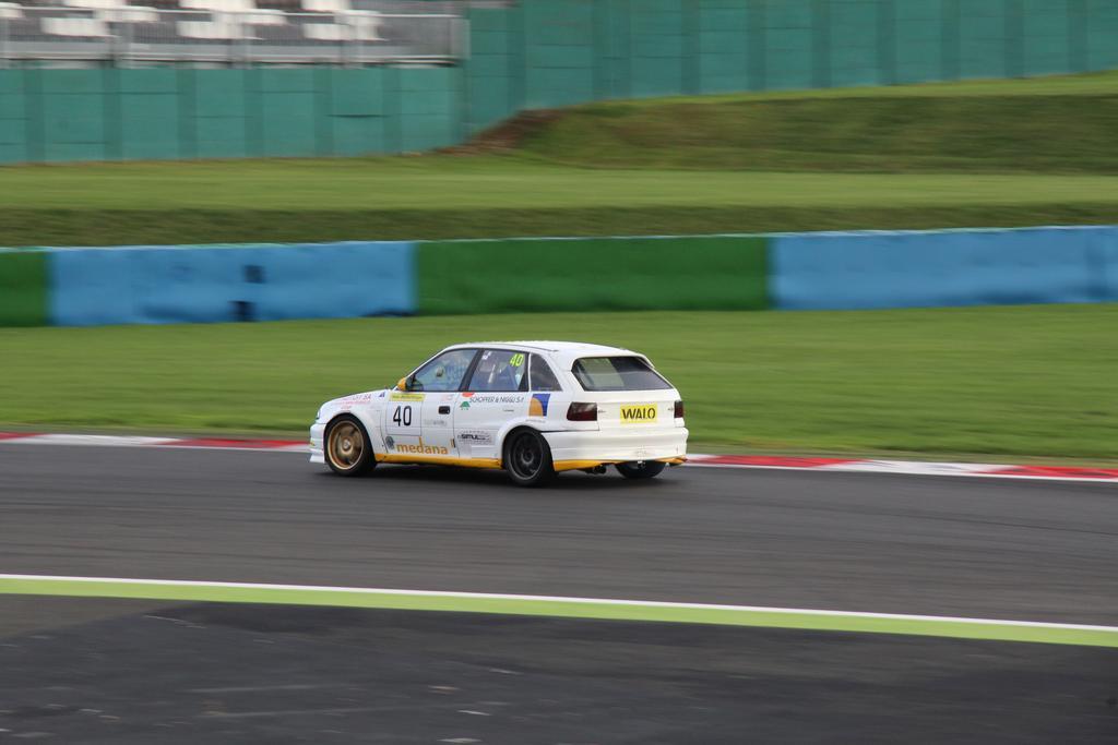 Saison course 2017 de Juju 89: Free Racing club Le Mans Bugatti! - Page 3 IMG_5176