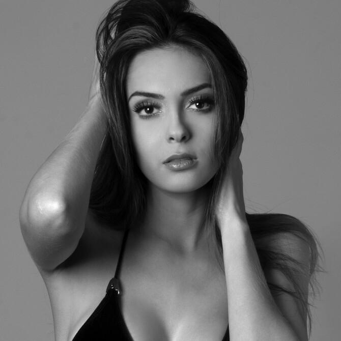 gabrielle vilela, top 2 de reyna hispanoamericana 2019/top 20 de miss grand international 2018/top 40 de miss world 2017/reyna internacional ganaderia 2013.  - Página 6 1610971_938218299578706_588790214069208743_n