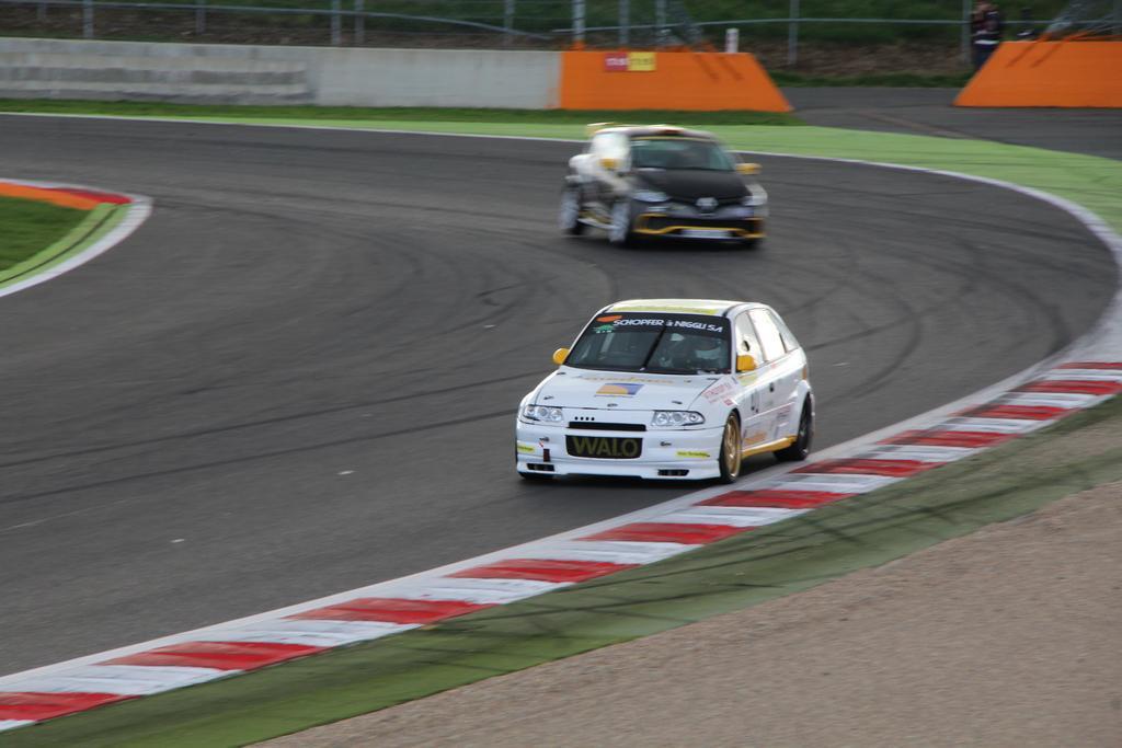 Saison course 2017 de Juju 89: Free Racing club Le Mans Bugatti! - Page 3 IMG_5226