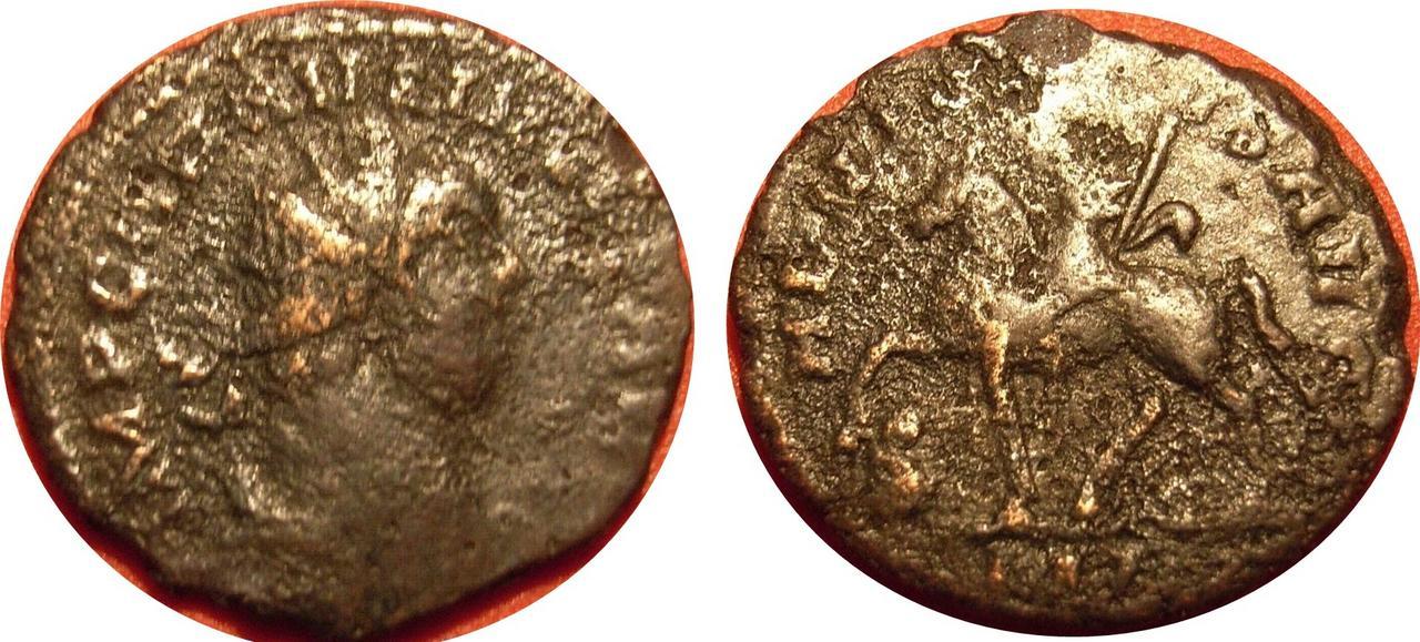 Aureliano de Carausio. ADVENTVS AVG. Emperador a caballo a izq. Londres. Carausio