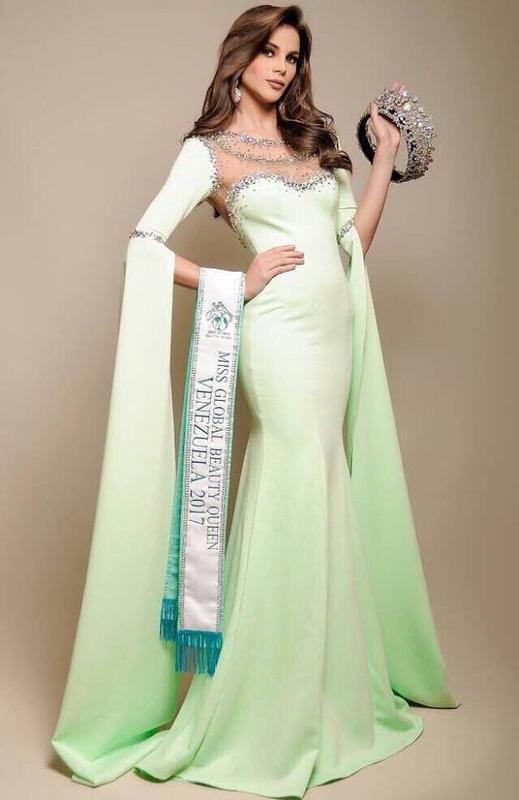 marvic marquez, top 15 de miss global beauty queen 2017, premio de best in bikini. 22281927_1960068984251720_5708445586048486386_n