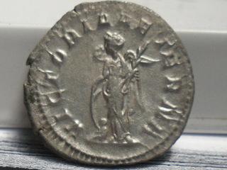 Antoniano de Gordiano III. VICTORIA AETERNA. Roma. SAM_3664