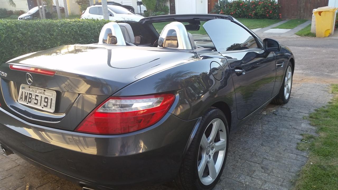 R172 SLK 250 2012/2012 - R$ 122.000,00 20170515_164027