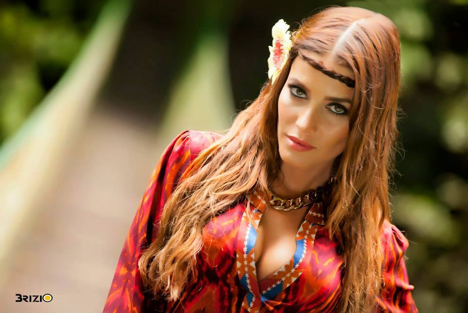 Adriana Fonseca/ადრიანა ფონსეკა - Page 4 O60k_F2_H