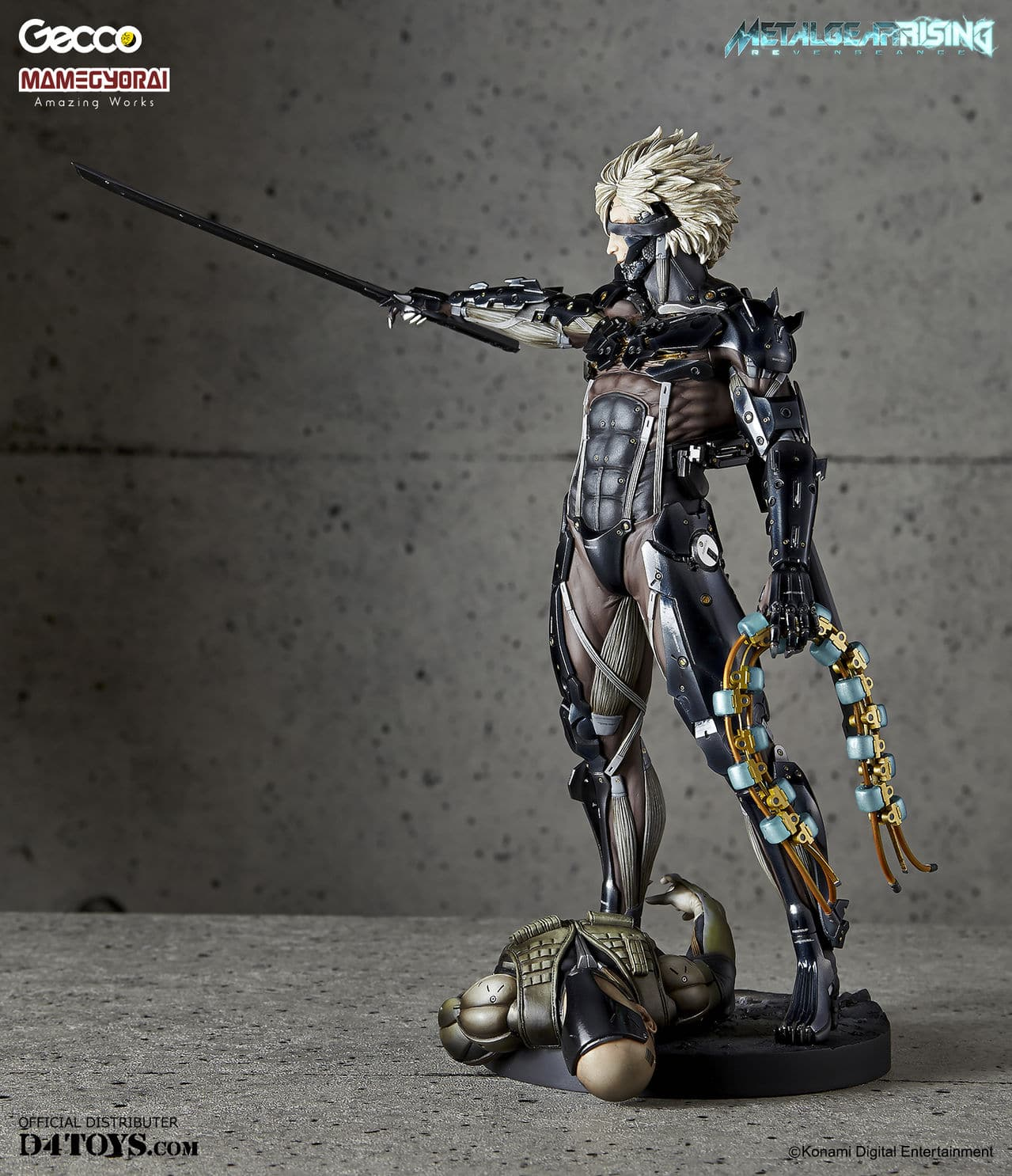 [Gecco,  Mamegyorai] Metal Gear Rising: Revengeance - RAIDEN White Armor 1/6 - SDCC2015 Exclusive - Página 2 D4_006