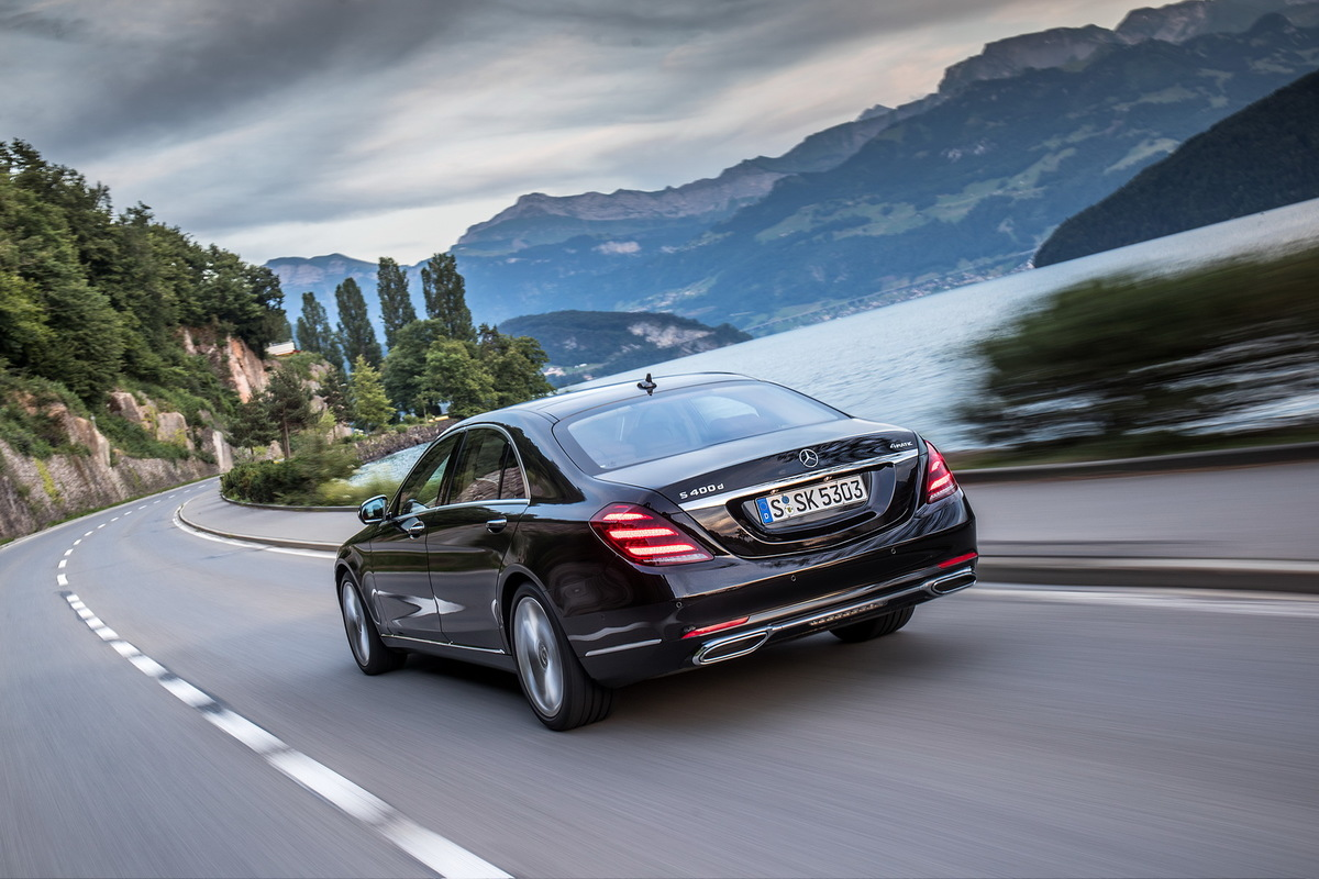 A Direção Autônoma pela Mercedes Mercedes-_S-_Class-1