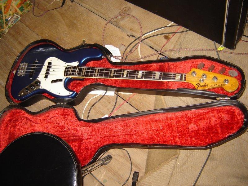Autenticidade de Baixos Fender (desabafo) - Página 3 Jazz_Bass_70