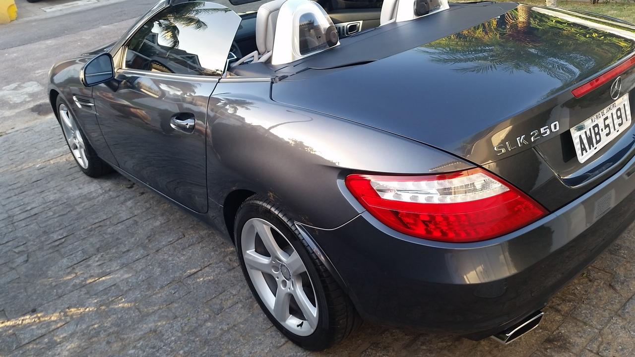 R172 SLK 250 2012/2012 - R$ 122.000,00 20170515_164045