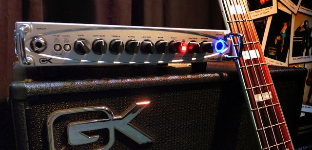 Você compraria um amp Classe D de novo? - Página 5 MB500_Slide