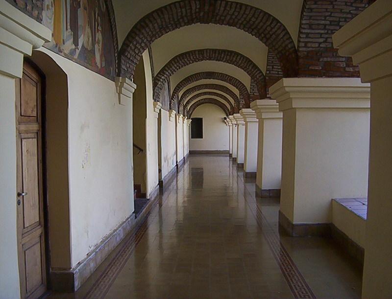 UNA VISITA AL MUSEO DEL CONVENTO DE SAN FRANCISCO SALTA GALERIA_EN_PATIO_TRASERO