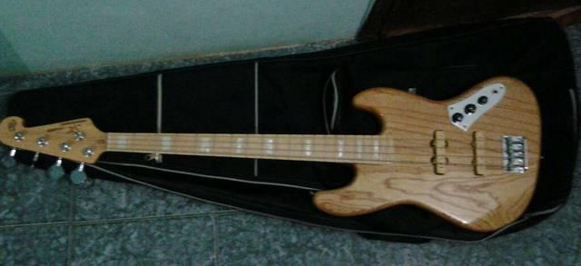 Jazz Bass Clube. - Página 8 1266770_10200529270774174_1023774061_o