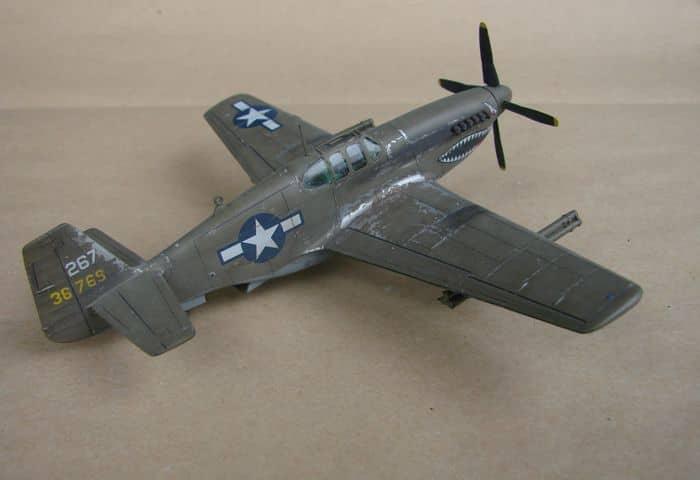 P-51 Mustang, Academy i P-51B Mustang (rebuild) Revell, 1/72 DSC02577