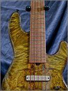 Mostre o mais belo Jazz Bass que você já viu - Página 8 429406_463044413731043_47906242_n