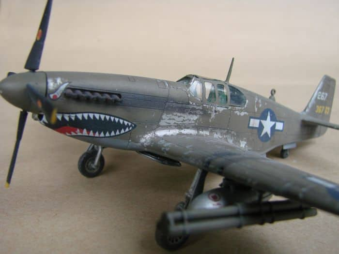 P-51 Mustang, Academy i P-51B Mustang (rebuild) Revell, 1/72 DSC02578