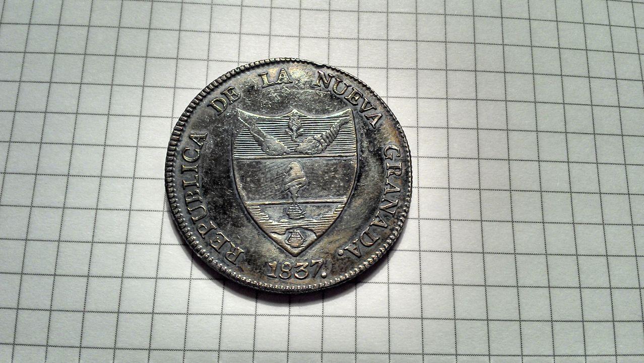 8 Reales. Nueva Granada. 1837. Ayuda con valoracion IMG_20130817_200755_799