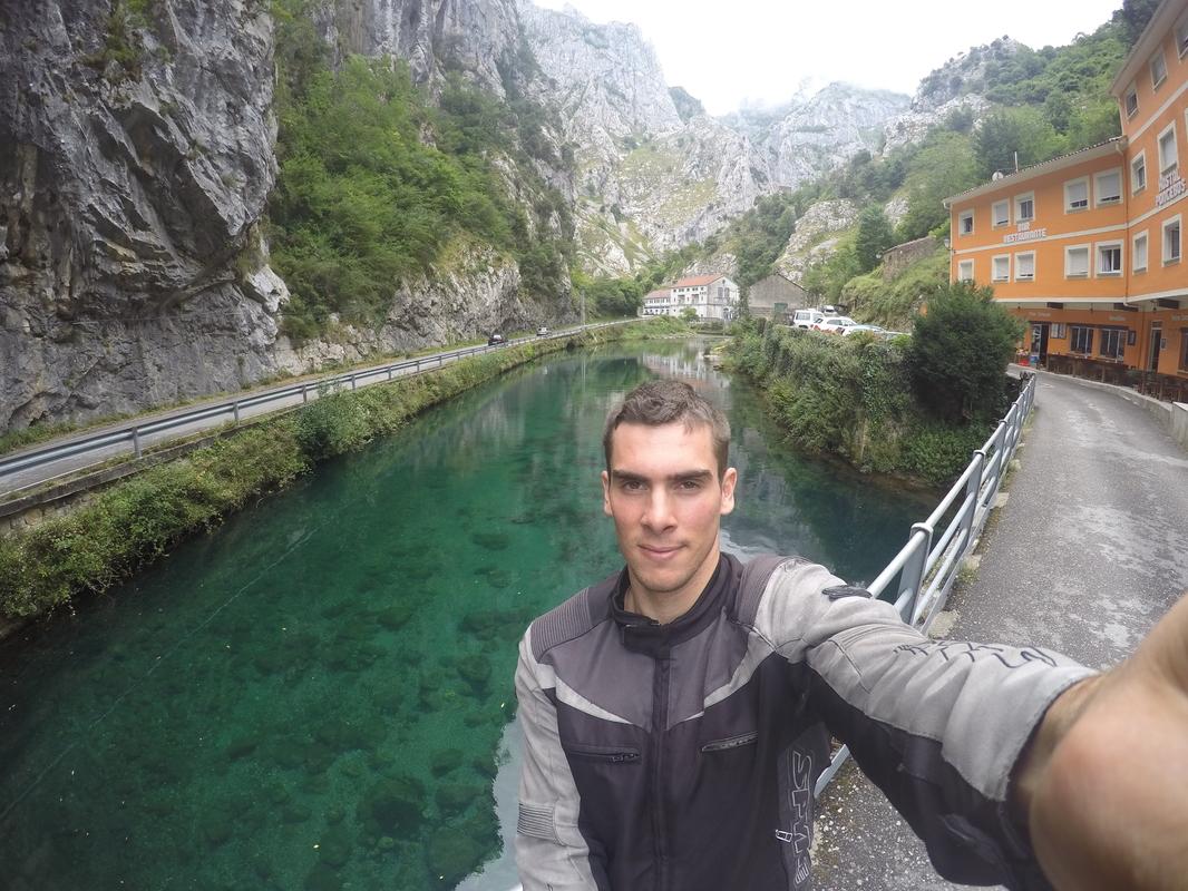 13 dias, Picos da Europa, Pirineus, Andorra, Barcelona e Madrid GOPR0762