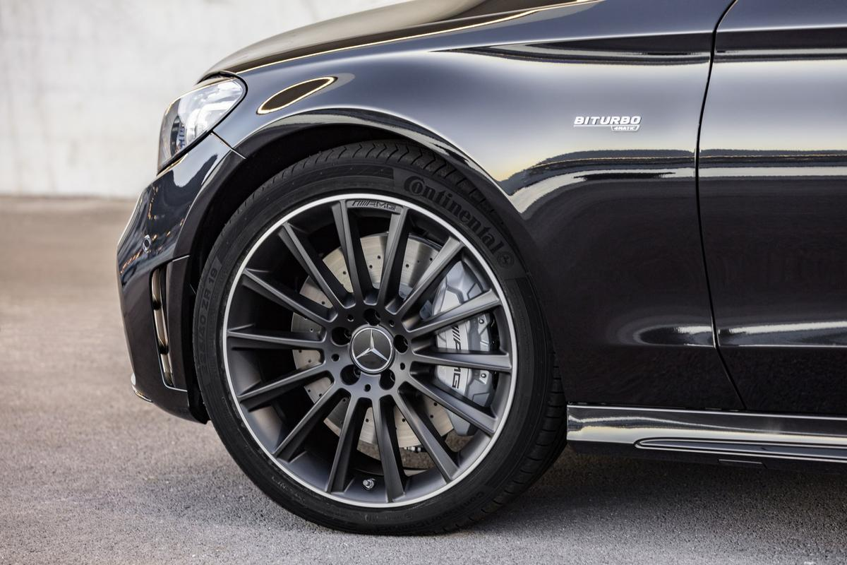 Classe C Coupé 2019 (facelift) Mercedes-_C-_Class-_Coupe-_Cabrio-15