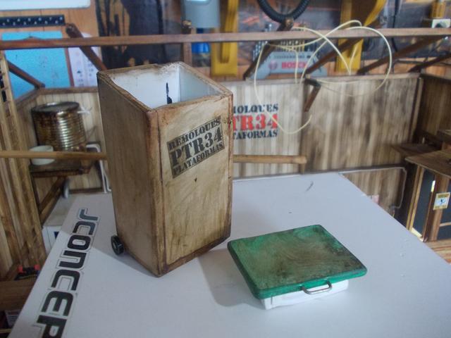 """Diorama: taller mecánico """"de toda la vida"""" escala 1/10 - Página 2 DSCN5040"""