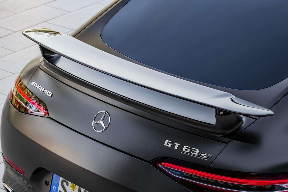 Mercedes-AMG GT 4-Door 2019-_Mercedes_AMG-_GT4-61