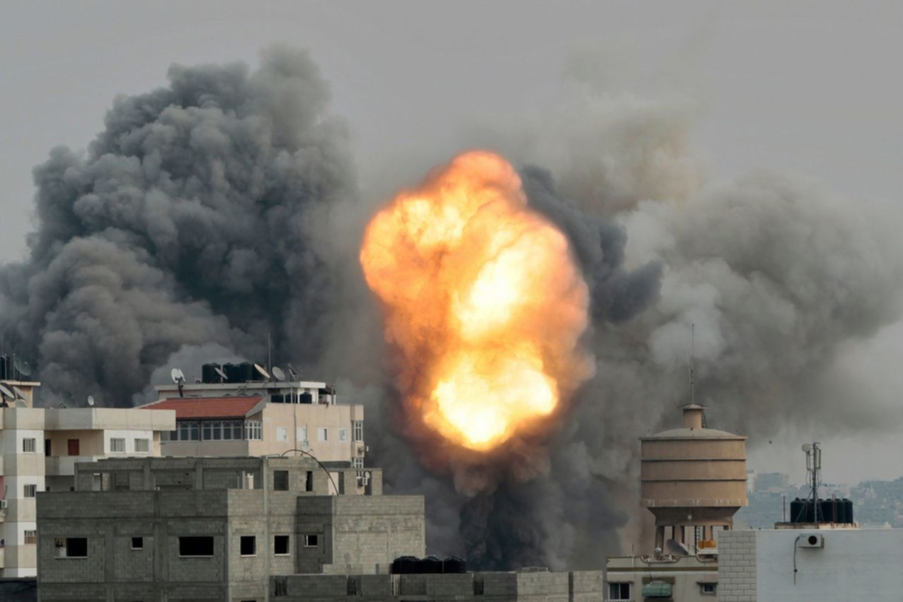 Plan Yinon Smoke_and_explosion_are_seen_during_Israeli_airs