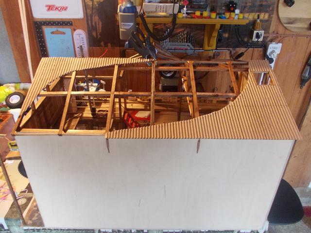 """Diorama: taller mecánico """"de toda la vida"""" escala 1/10 - Página 2 DSCN5118"""