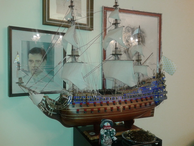 royal - I miei lavori terminati: Corazzata Bismarck, Soleil Royal, Victory. 20121225_123002