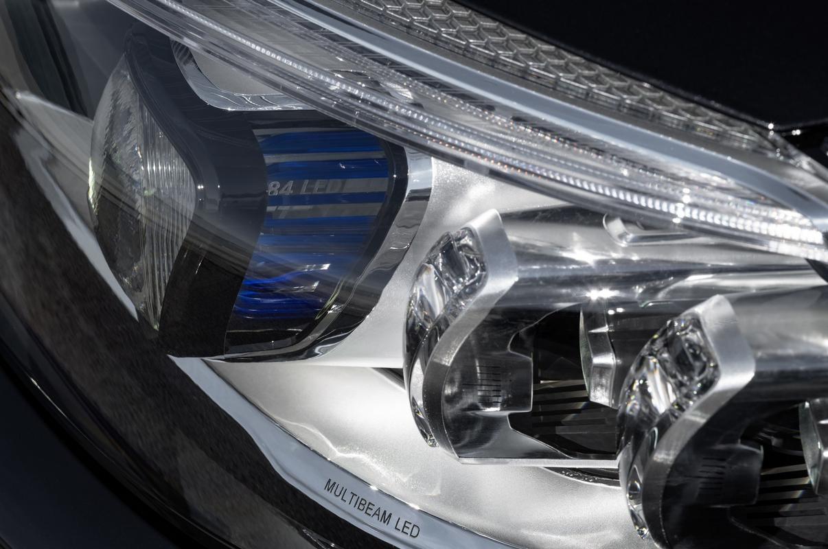 Classe C Coupé 2019 (facelift) Mercedes-_C-_Class-_Coupe-_Cabrio-18
