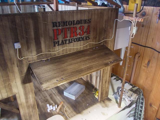 """Diorama: taller mecánico """"de toda la vida"""" escala 1/10 - Página 2 DSCN4918"""