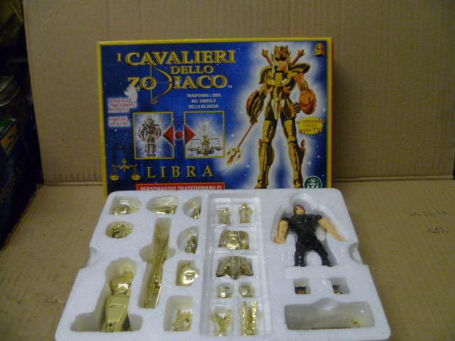 Compro cavalieri dello zodiaco a basso costo anche con pezzi mancanti. Robo_018