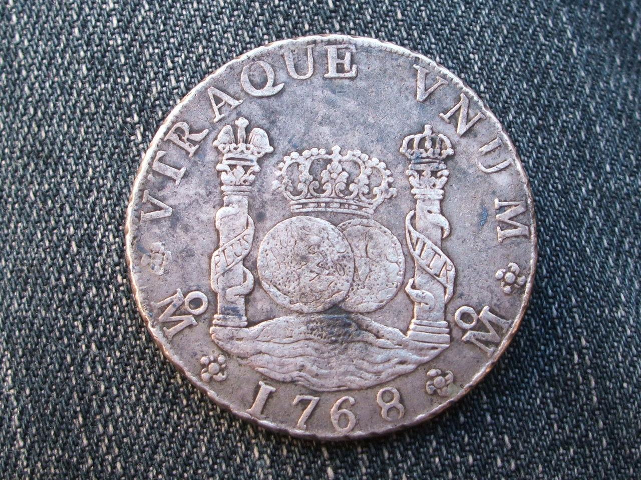 """8 reales """"columnarios"""" 1768.  Carlos III. Méjico. 011_2"""