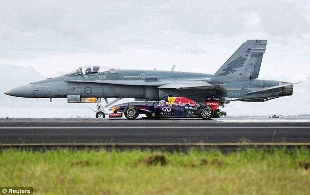 """Aviación """"Hangar 69"""" F_18"""