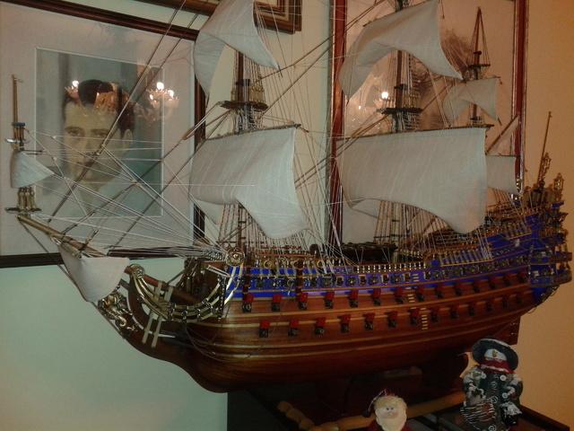 royal - I miei lavori terminati: Corazzata Bismarck, Soleil Royal, Victory. 20121211_190705