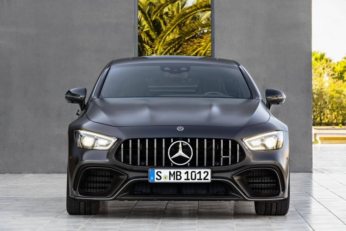 Mercedes-AMG GT 4-Door 2019-_Mercedes_AMG-_GT4-66