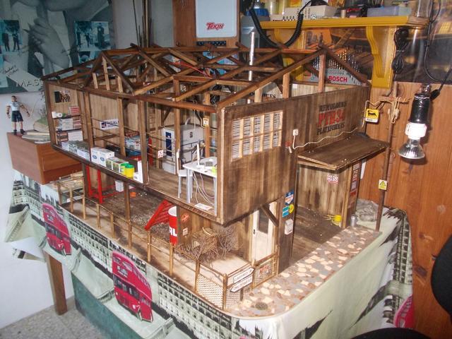 """Diorama: taller mecánico """"de toda la vida"""" escala 1/10 - Página 2 147"""