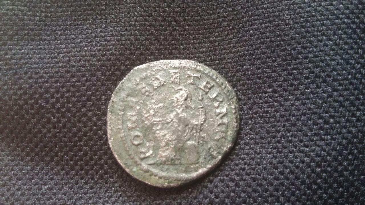 Antoniniano de Macriano. ROMAE AETERNAE. Roma sedente a izq. Ceca Antioch. IMG_20170301_WA0004