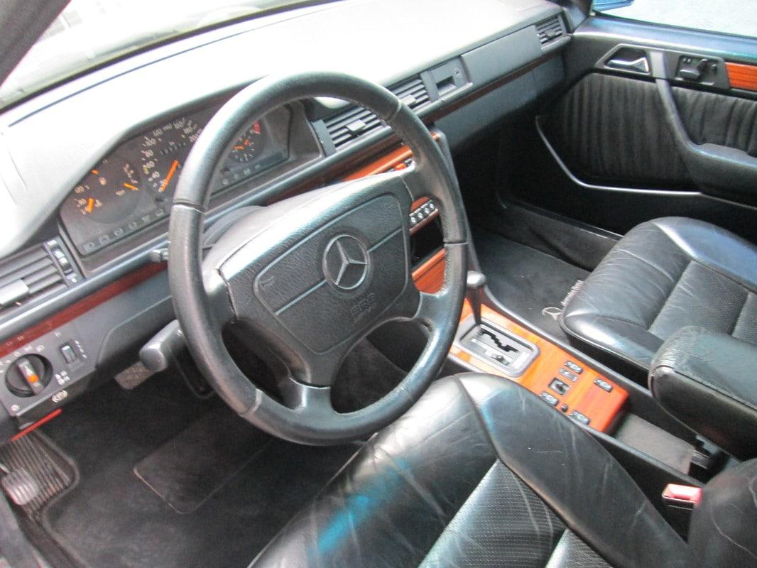W124 300E-24v 1992 - R$15.000,00 IMG_1220