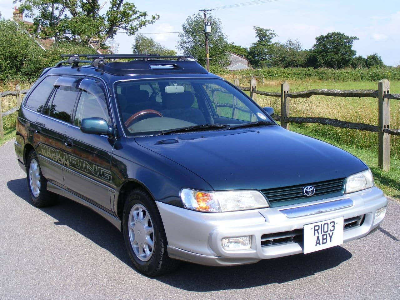 Toyota Corolla 1.6 family car Picture_2927