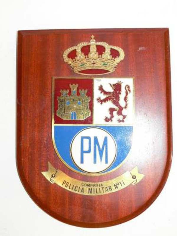 EXCLUSIVOS ADORNOS PARA SALA o CUARTO NUMISMATICO Escudo_policia_militar_149_pesos