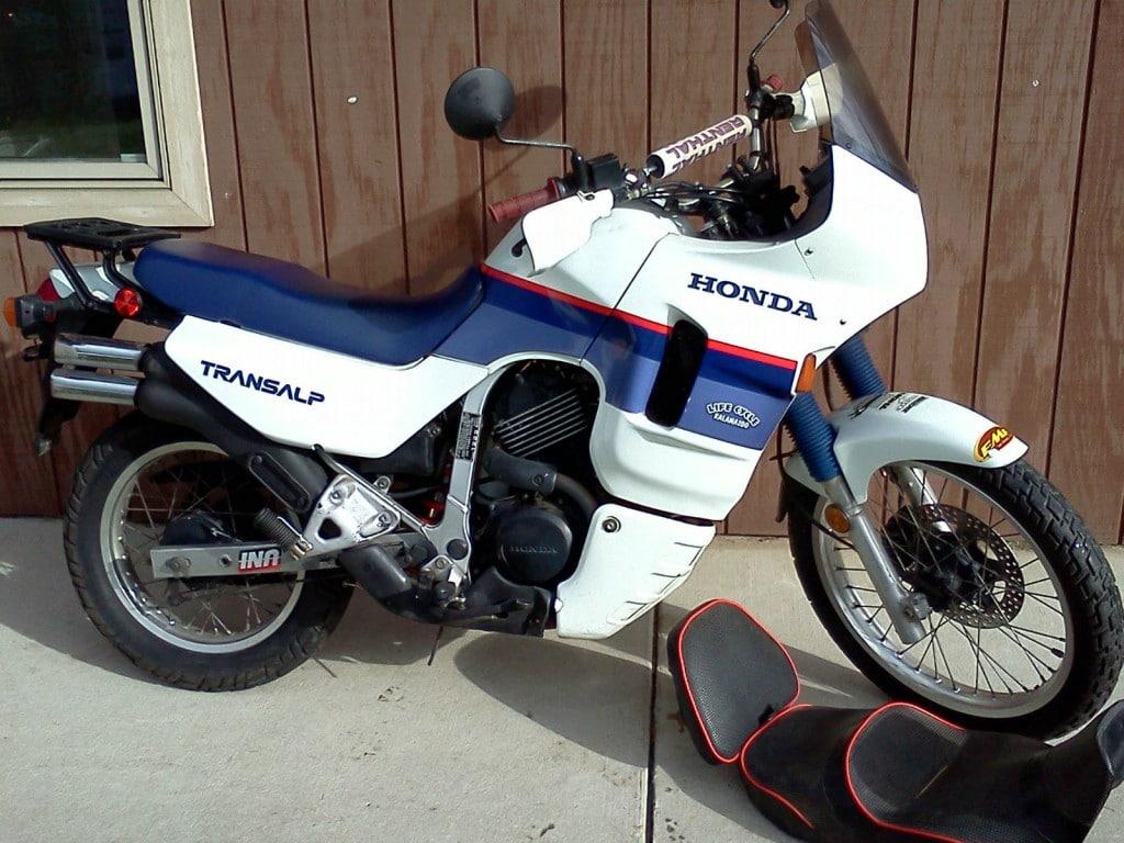 Apresentação  Honda_xl600v_transalp_1989_7