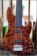 Mostre o mais belo Jazz Bass que você já viu - Página 8 305597_387903654623742_602214249_n