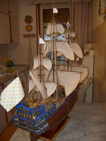royal - I miei lavori terminati: Corazzata Bismarck, Soleil Royal, Victory. S6300011