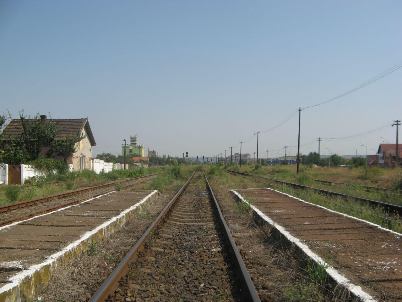 Calea ferată directă Oradea Vest - Episcopia Bihor IMG_0003