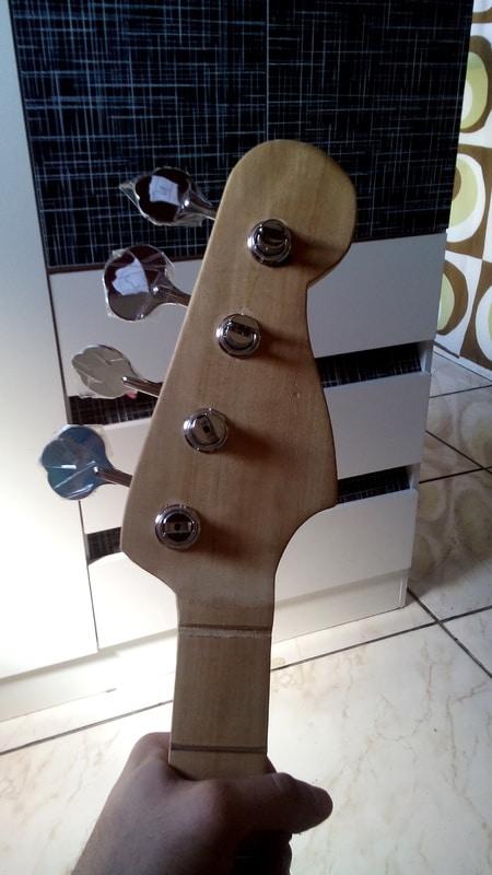 construindo um precision bass 50s DSC_0008