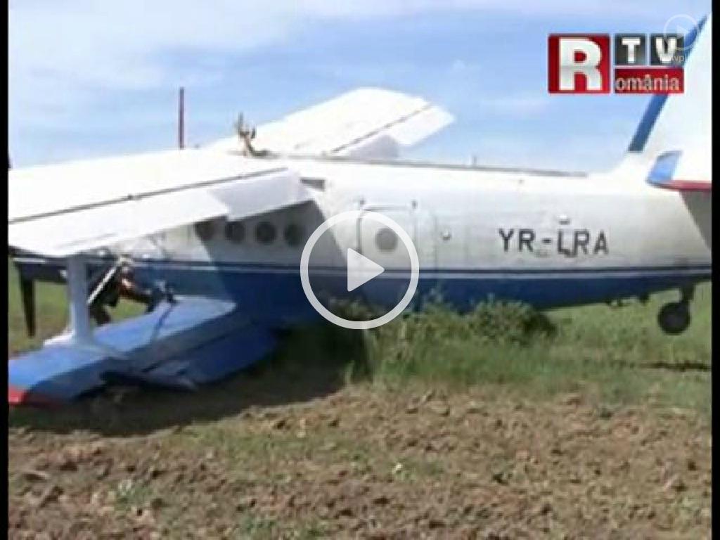 Antonov An-2 - Pagina 23 YR_LRA