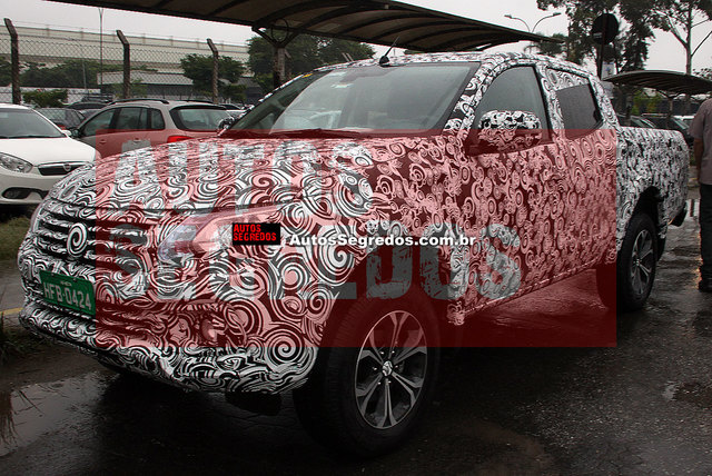 Fiat in Brasile - Pagina 4 Fiat_fullback