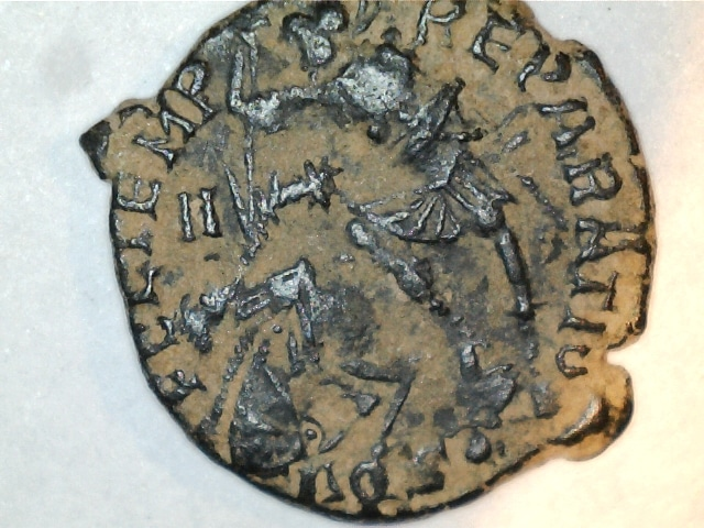 AE3 de Constancio II. FEL TEMP RE-PARATIO. Soldado alanceando a jinete caido. Ceca Aquilea. 2016_10_21_0003_0_X
